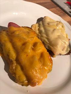 Das Low Carb Hawaii Toast ist ein absoluter Traum und schmeckt 93x BESSER als das Original mit ungesunden Weizentoastbrot, versprochen!