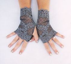 Stormy gray lace gloves in five sizes. #plussize #neutral #wedding #ivory #gray #cream #lace #gloves #fingerlessgloves #bride #bridesmaid #ideas