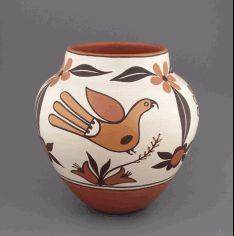 Wright's Indian Art - Gladys Paquin (Laguna Pueblo)  Laguna Parrot Pot, Made in America  #MadeInUSA #handcrafted