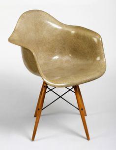fig2_eames_chair