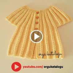 Let's learn together your own fashion accessories, basic and other creative points, techniques and tips to learn or develop the art of crochet and kni. Baby Girl Sweaters, Knitted Baby Clothes, Crochet Baby Shoes, Hand Knitted Sweaters, Baby Boy Knitting Patterns, Baby Cardigan Knitting Pattern, Baby Knitting Patterns, Knitting Designs, Knit Slippers Free Pattern