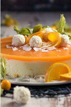 fruity delicious multivitamin with yoghurt and peaches - recipe - Fashion - Torten İdeen New Dessert Recipe, Dessert Recipes, Desserts, Patisserie Design, Bistro Food, Mini Cheesecake Recipes, Spring Recipes, Sweet Recipes, Food And Drink