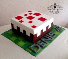 Minecraft+Birthday+Cake+-+Cake+by+Sweet+Side+of+Cakes+-+Khamphet+