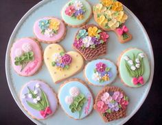 cookies♥.•:*´¨`*:•♥ Some of the prettiest cookies ever seen. Just like looking at them.