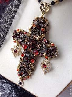 """Купить Колье""""Сицилийская блудница""""в стиле DG - крест, крестик, в стиле дольче габбана, дольче габбана"""