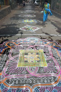 YESTERDAY WAS DRAMATIC, TODAY IS OK.: Kolam
