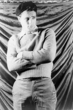 Marlon Brando, 1948  photo by Carl Van Vechten