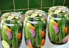 - 3 kg castraveti - 2 litri apá - 4 dl otzet - 2 ling. Pickles, Cucumber, Food, Canning, Essen, Meals, Pickle, Yemek, Zucchini