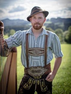 Traditional Fashion, Traditional Outfits, Different Beard Styles, Ginger Men, Ginger Snaps, German Men, Handsome Faces, Lederhosen, Leather Trousers