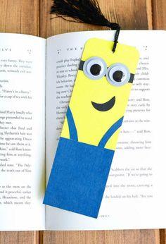 Minion Crafts DIY Bookmark