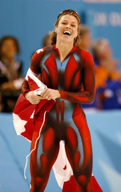 At the Salt Lake City Games in Catriona Le May Doan became the first Canadian to defend her Winter Olympics title. Athletic Models, Athletic Women, Michelle Jenneke, Olympic Winners, Speed Skates, Divas, Estilo Fitness, Olympic Athletes, Sport Body