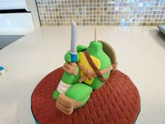 This is a tutorial that will teach you how to make a teenage mutant ninja turtle cake topper that would be perfect for a boys birthday cake. Monster High Cakes, Monster High Birthday, Monster High Party, Ninja Turtle Birthday, Turtle Party, Ninja Turtles, Slumber Party Games, Carnival Birthday Parties, Ninja Turtle Cake Topper