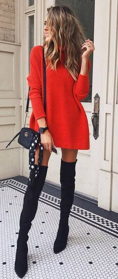 Fall Style // Red sweater dress + bag + over knee boots Herbststil // Rotes Pulloverkleid + Tasche + Overknee-Stiefel Fashion Mode, Look Fashion, Winter Fashion, Fashion Trends, Fashion Boots, Trendy Fashion, Dress Fashion, Fashion News, Fashion Clothes