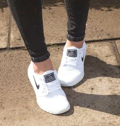 Woman running shoes collection http://www.justtrendygirls.com/woman-running-shoes-collection/ http://fancytemplestore.com