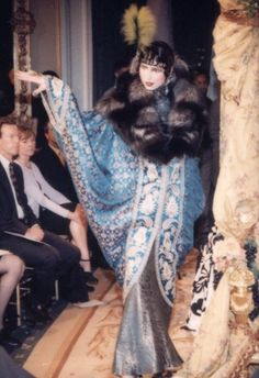 Paris Fashion, Runway Fashion, Fashion News, Fashion Outfits, Women's Fashion, Vintage Fur, Vintage Ladies, Flapper Style, Flapper Fashion