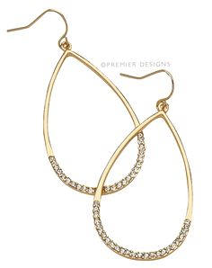 """Complement your gold jewelry wardrobe with the """"Zoey"""" earrings this season! jenniferbutler.mypremierdesigns.com"""