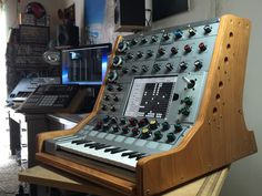 MATRIXSYNTH: New Synthi iVCS3 Controller Pics - New iOS Synth S...