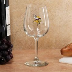 Minnesota Vikings 12.75oz. Red Wine Glass