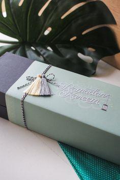 Eid Mubarak Gift, Mubarak Ramadan, Eid Gift, Ramadan Crafts, Ramadan Activities, Eid Hampers, Eid Hamper Ideas, Hamper Boxes, Cookie Packaging