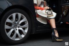 5902-Le-21eme-Adam-Katz-Sinding-Elena-Perminova-Paris-Haute-Couture-Fashion-Week-Spring-Summer-2014_AKS7789.jpg (980×652)
