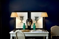 Now I want to paint the dining room ink blue