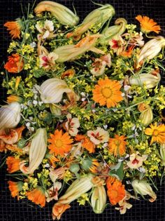 Por qué no consumir las flores de tu jardín??? Presta atención a estos consejos e información...