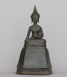 Buddha Sitting in Calling the Earth to Witness pose Lao, Early Era 16th century Bronze 31 cm
