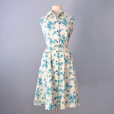Vintage 1950s Day Dress...Vintage Cotton Floral Day Dress  26