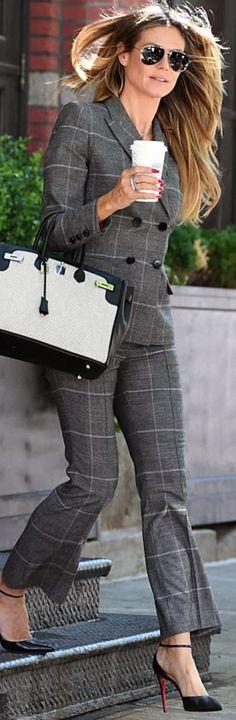 Who made Heidi Klum's gray plaid pants suit, handbag, and ankle pumps?