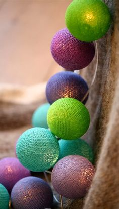 Wnętrza Zewnętrza: Cotton Ball Lights