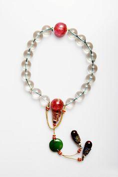 清宫夏日手串|故宫博物院 Quran Book, Chinese Hairpin, Jade Jewelry, Minerals And Gemstones, Prayer Beads, Chinese Art, Diy Design, Beaded Necklace, Jewels