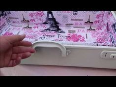 A vintage suitcase makeover includes tips on making the lining and how to secure the lining in the suitcase without using a sewing machine. Vintage Suitcases, Vintage Luggage, Repurposed Furniture, Plywood Furniture, Modern Furniture, Furniture Design, Vintage Suitcase Decor, Cool Picture Frames, Diy Projects Vintage