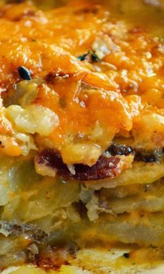 Bacon Cheddar Scalloped Potatoes