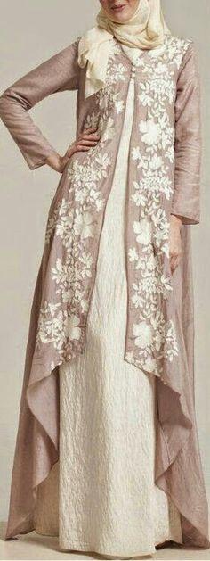 New dress brokat panjang 35 Ideas Abaya Fashion, Modest Fashion, Fashion Dresses, Fashion Muslimah, Maxi Dresses, Muslim Dress, Hijab Dress, Dress Muslimah, Dress Muslim Modern