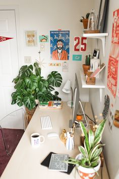 home workspace design inspirations; home office storage ideas for small spaces; home office ideas; Spare Room, Dorm Room, My New Room, My Room, Bedroom Inspo, Bedroom Decor, Home Office Decor, Office Ideas, Home Decor