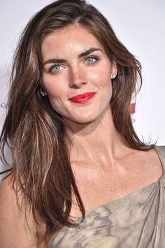 I love all kinds of hairstyles, but I have to say, Hilary Rhoda has the ultimate look.