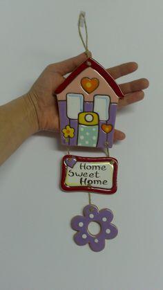 Home sweet home! Cute Polymer Clay, Diy Clay, Handmade Polymer Clay, Handmade Crafts, Clay Wall Art, Clay Art, Easy Paper Crafts, Diy Crafts, Bookmark Craft