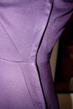 Gertie's New Blog for Better Sewing: How (and Why) to Do a Vintage-Style Lapped Side Zip