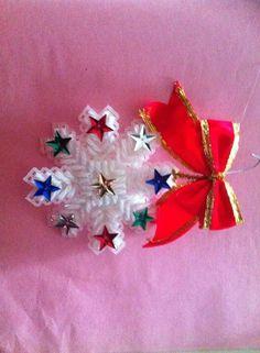 Plastic canvas - Christmas ornament idea
