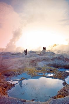 What a beautiful scene of the geysers in Bolivia.  www.selectlatinamerica.co.uk