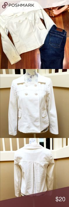 White semantiks jacket blazer M White Semantiks (Nordstrom) double breasted pea coat-style jacket blazer. Size Medium. Meant to be worn as a top. Fully lined. Excellent condition! Semantiks Jackets & Coats Blazers