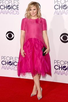 Kristen Bell looks pretty in pink!