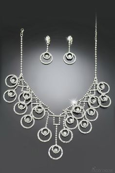 FAERYDRESS.com SUPPLIES Delicate Alloy with Rhinestone Wedding Jewelry Set Including Necklace and Earrings
