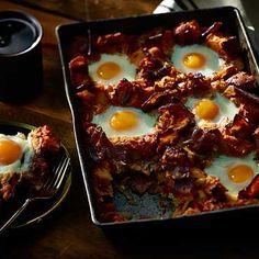 Bacon, Egg and Tomato Breakfast Bake