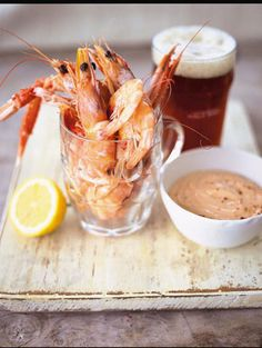 Prawns // Jamie Oliver (Jamie says: This is a British summer classic – genius with a pint of beer on a hot afternoon. If you've no time to make the Marie Rose sauce, buy mayo and add the flavourings. Beer Recipes, Seafood Recipes, Cooking Recipes, Recipies, Seafood Platter, Seafood Dishes, Fresh Seafood, Fish And Seafood, Marie Rose Sauce