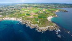 La pointe de Corsen est un cap situé sur la commune de Plouarzel, dans le Finistère, en France. La pointe est le point le plus à l'ouest de la France métropolitaine continentale, en dehors des îles du Ponant. À proximité de la pointe, se trouve le phare de Trézien, dont l'originalité tient dans son emplacement à l'intérieur des terres, à un bon kilomètre du rivage. Le CROSS Corsen, chargé principalement de surveiller le rail d'Ouessant et de coordonner le sauvetage en mer y est installé.