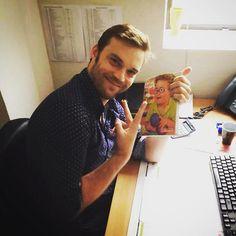 Nicolas du service client, ☎️ super content comme nous tous de faire le ✌️de la victoire pour ce nouveau catalogue !