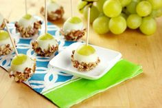 grapes/white choc/nuts