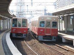 大阪 阪神電車 #Osaka #Japan #traffic Osaka Japan traffic