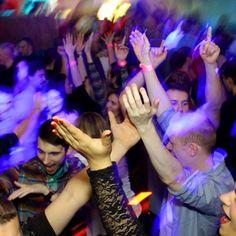 Náš fotograf Ján Vlk - Dreamwolf vám prináša fotky z akcie Video Oldies Party, ktorá sa konala piatok 13. novembra v novom MANGO Bare v Pezinku.